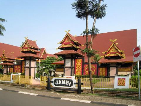 Anjungan Jambi Taman Mini Indonesia Indah