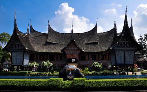 indonesia miniature park (TMII)