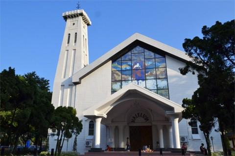 Gereja Kristen Protestan Haleluya Taman Mini Indonesia Indah