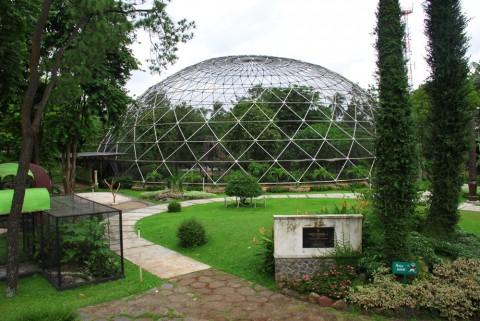 Taman Burung Taman Mini Indonesia Indah